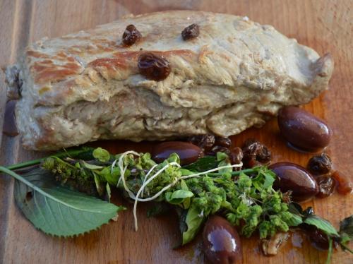 Quasi de veau Kalamata, quasi de veau, olives de Kalamata, raisins de Corinthe