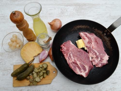 Côtes de porc charcutière, la cocotte, la voix du nord