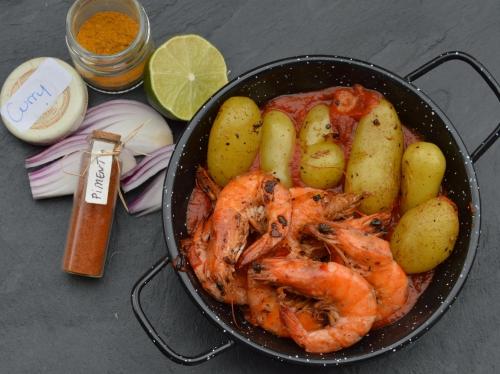crevettes et petites patates a la tomate r.jpg