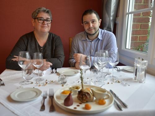 Gigolette de poulet de Licques braisée à la bière de Julien Rigaux, chef du restaurant l'Auberge Saint-Hubert à Haspres, le Chef et la Cocotte, la Cocotte, la Voix du Nord
