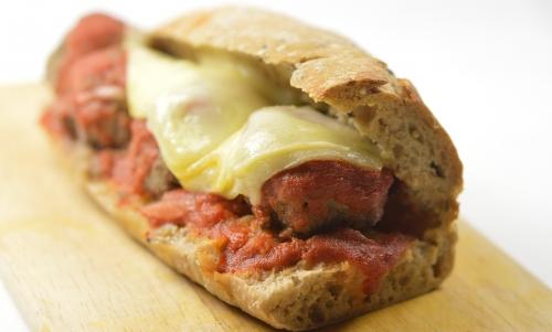 Oliv'meatballs sandwiches, meatball sandwoiches, meatballs, boulettes, sandwiches aux boulettes