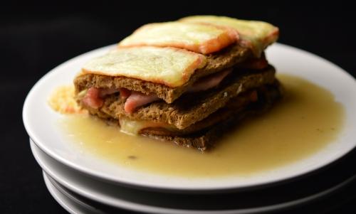 Croque-Cocotte deul'Thiérache, croque-cocotte, croque-mosieur, palette fumée, rôti de porc, maroilles, cidre, cidre de Thiérache