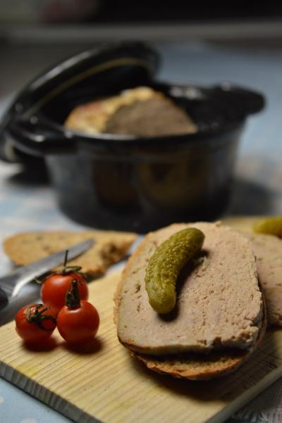 Petits pâtés de foie aux oignons, pâté de foie, pâté de foie aux oignons