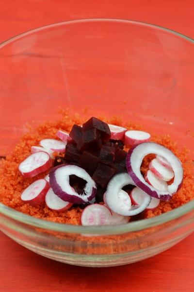 Taboulé à la betterave, couscous, betterave, radis, oignon rouge