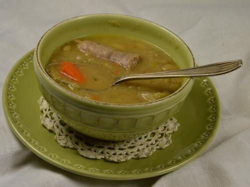 Soupe au pied, soupe, pied de cochon, chou frisé, saucisse de Toulouse, flageolets