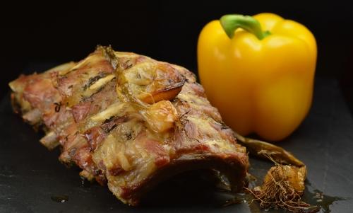 Travers de porc confits au thym et citron, travers de porc, citron confit, thym