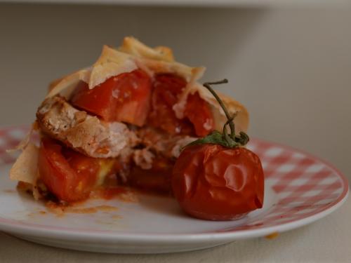 Sandwich croustillant filet mignon-tomates, filet mignon, tomates, feuilles de brick