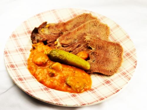 Langue de bœuf sauce rouge et verte, langue de boeuf