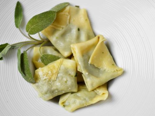 tortellinis épinards et beurre de sauge,tortellinis,épinards,sauge