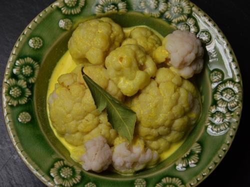 Curry de chou-fleur, chou-fleur, curry, lait de coco, épices
