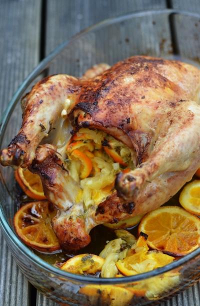 Poulet aux agrumes, poulet, oranges, citron confit, sauge, origan, romarin
