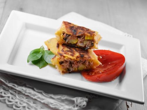 Bricks thon et légumes, feuille de brick, thon, tomate, courgette