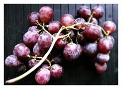 Raisins de la commère flous et bordés.jpg