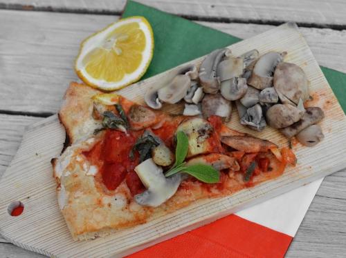 Pizza champignons au beurre de sauge, pizza, champignons, sauge, beurre de sauge