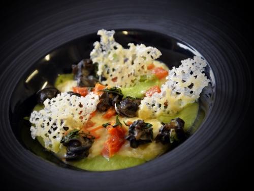 Cressonnière d'escargots de Fleurbaix et risotto d'Arnaud Lacroix, chef du Bistrot Dit Vin à Fromelles, le chef et la cocotte, la cocotte, la voix du nord