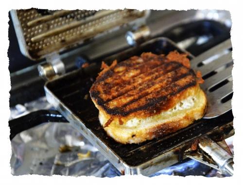Croque-monsieur à l'ancienne, croque-monsieur, porchetta, fromage montasio, la cocotte, la voix du nord