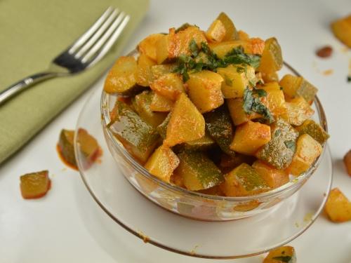 Courgettes en salade, courgettes, coriandre, cumin, paprika, menthe, citron confit, ail