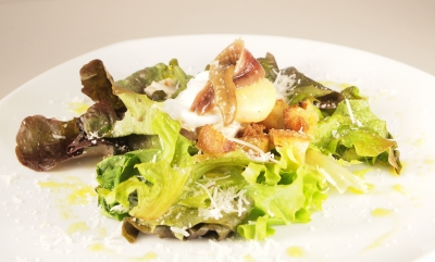 Salade Caesar, salade César, Jules César, César Baldiccini, Caesar Cardini, Livio Santini
