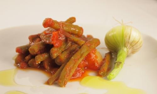 haricots sauce tomate aux épices, haricots, tomates, épices