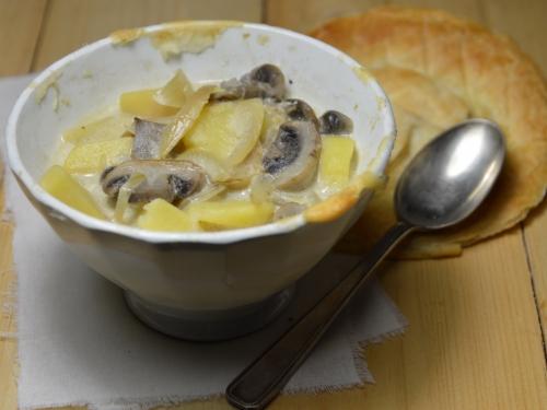 Soupe feuilletée aux champignons, soupe, champignons, pâte feuilletée