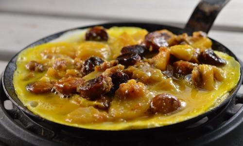 Tortilla à la longanisse, tortilla, longanisse