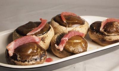 champignons farcis au roquefort,champignons de paris,roquefort