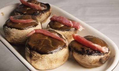 champignons farcis au roaquefort, champignons de Paris, roquefort