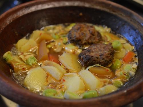 Tajine poireaux-pommes de terre, tajine, poireaux, pommes de terre
