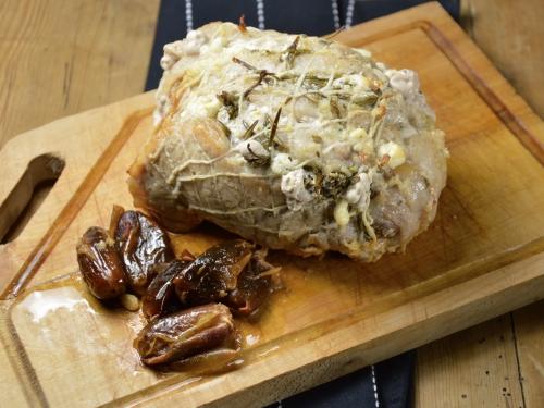 Rôti de porc à la grecque, rôti de porc, porc, dattes, feta, romarin, thym citron