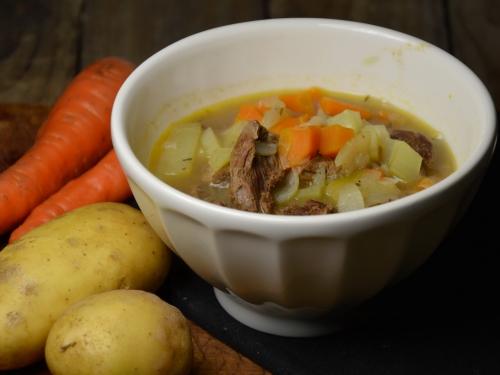 Soupe façon carbonade, soupe, pommes de terre, oignons, carottes, boeuf, bière