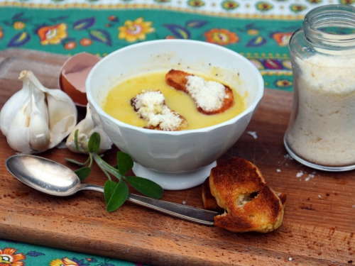 Aigo boulido, ail, soupe à l'ail